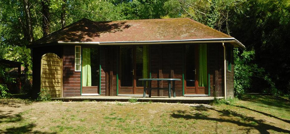 Location de chalet 2-4 places dans la Vallée de la Dordogne dans le Lot