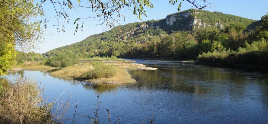 La Vallée de la Dordogne dans le Lot pour aller à la pêche