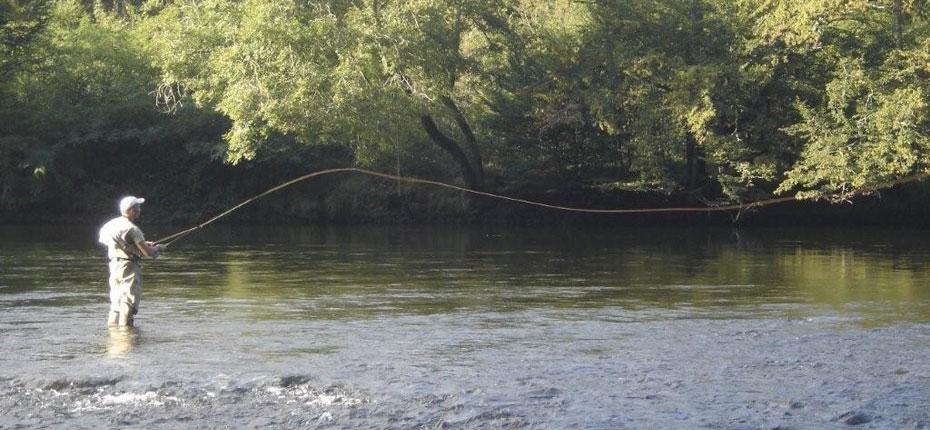 Participez aux séjours de pêche en Vallée de la Dordogne dans le Lot
