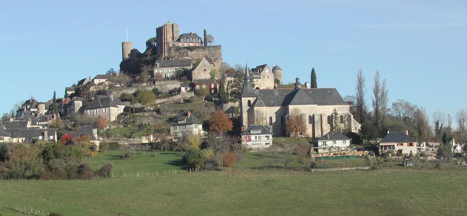 Le château de Turennes en Corrèze à 17 kms