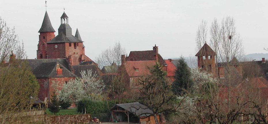 Collonges-La-Rouge dans la Corrèze à 20 kms